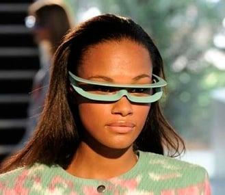 optical-eyeglass-frames:-visor